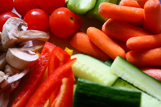 What Are the Benefits of Eating Raw Vegetables?