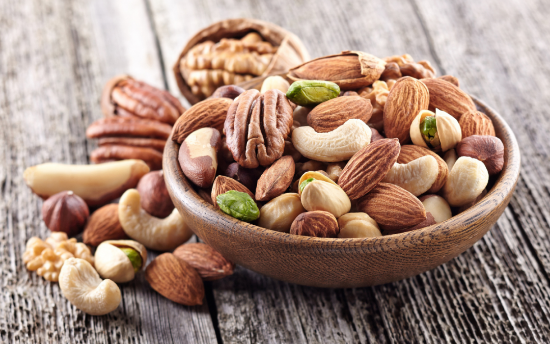 What are the health benefits of eating nuts?